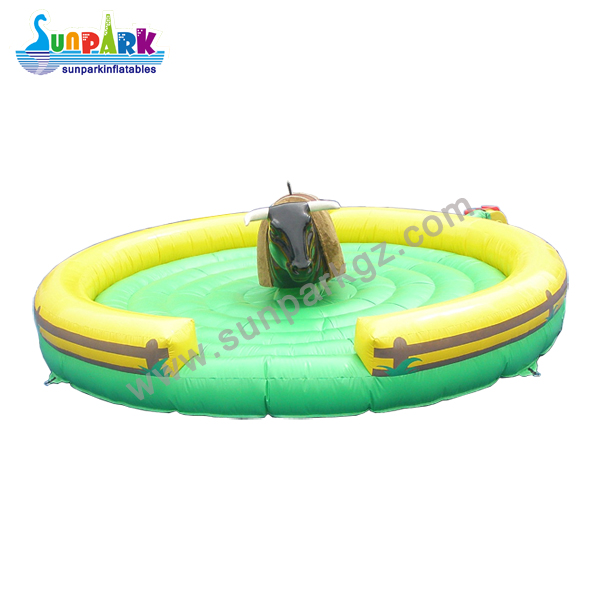 Inflatable Bull Riding Machine (4)