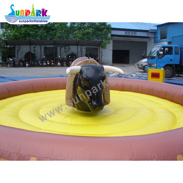 Inflatable Mechanical Rodeo Bull (4)