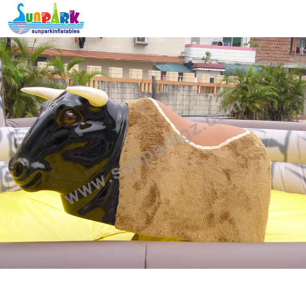 Inflatable Rodeo Bull (1)