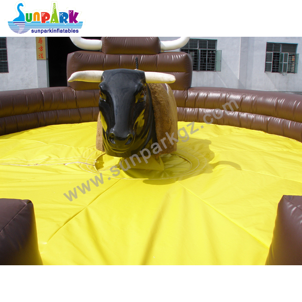 Inflatable Rodeo Bull (2)