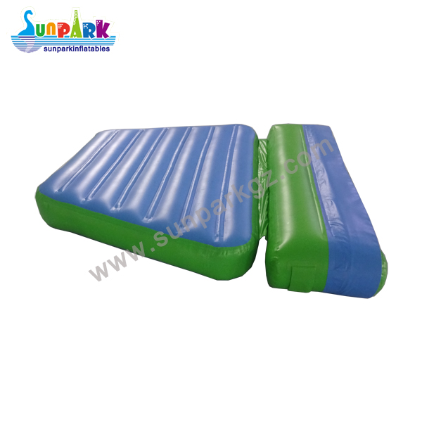 Inflatable Water Park Accessories (1)