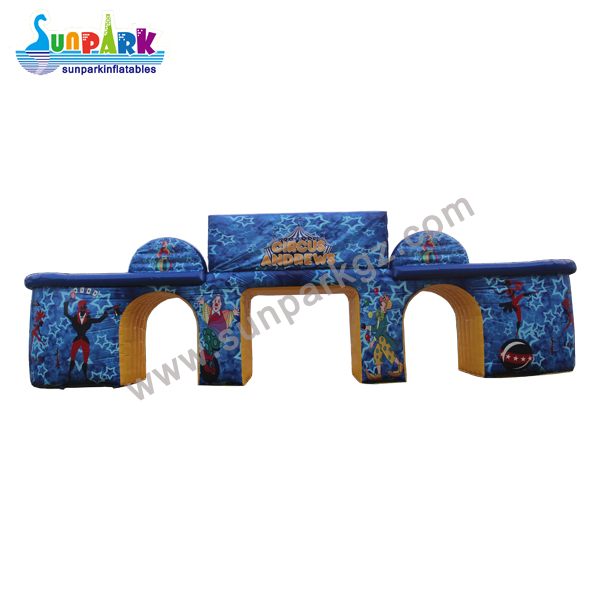 Inflatable Entrance Arch for Circus (1)