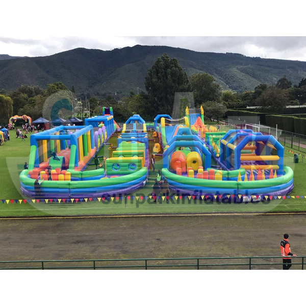 Inflatable Play Park (2)